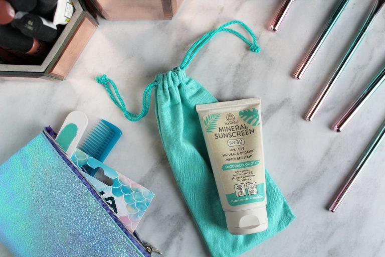 Suntribe Mineral Sunscreen Flatlay